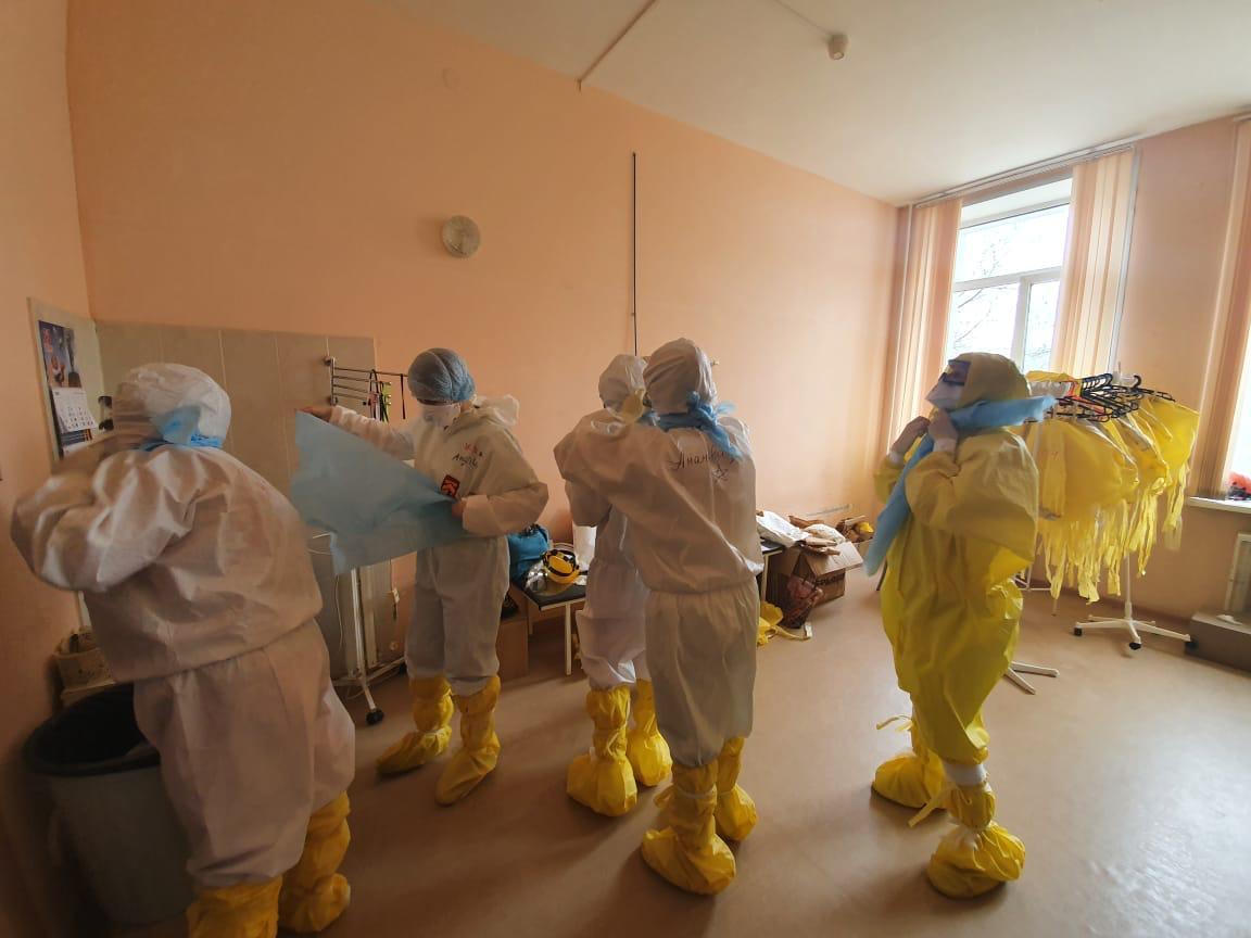 Врач рассказал, как в Твери работают в эпицентре борьбы с коронавирусом