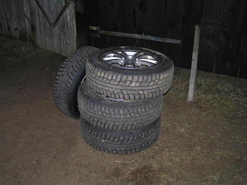 В Тверской области мужчину оставили без колес