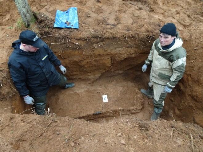В Тверской области нашли могилу летчика, совершившего первый ночной таран
