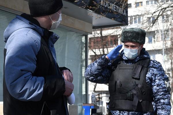 Житель Твери нарушил режим самоизоляции и пошел в магазин