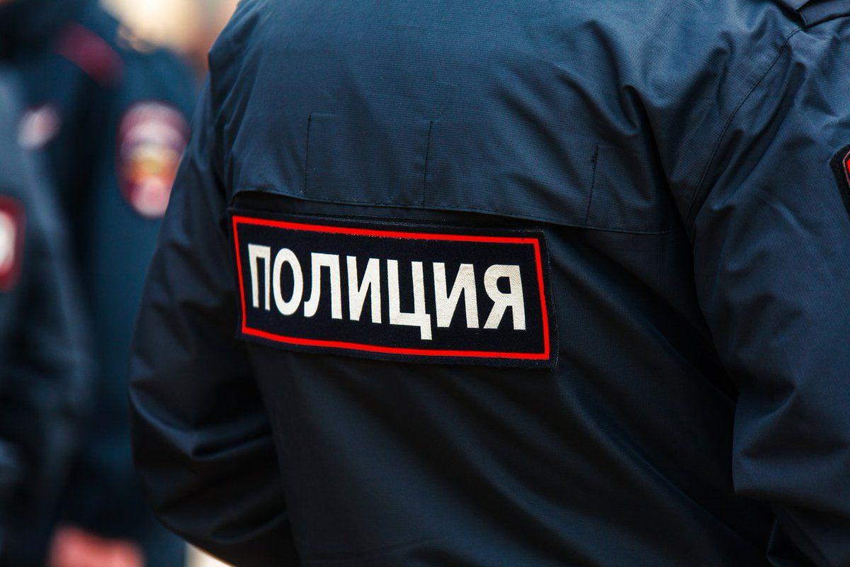 Пьяный житель Тверской области нецензурно ругался и пытался покинуть отделение полиции