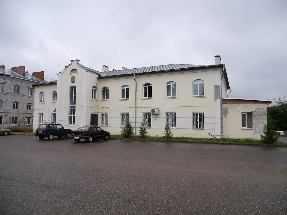 Больницу в Тверской области заставили нанять охрану