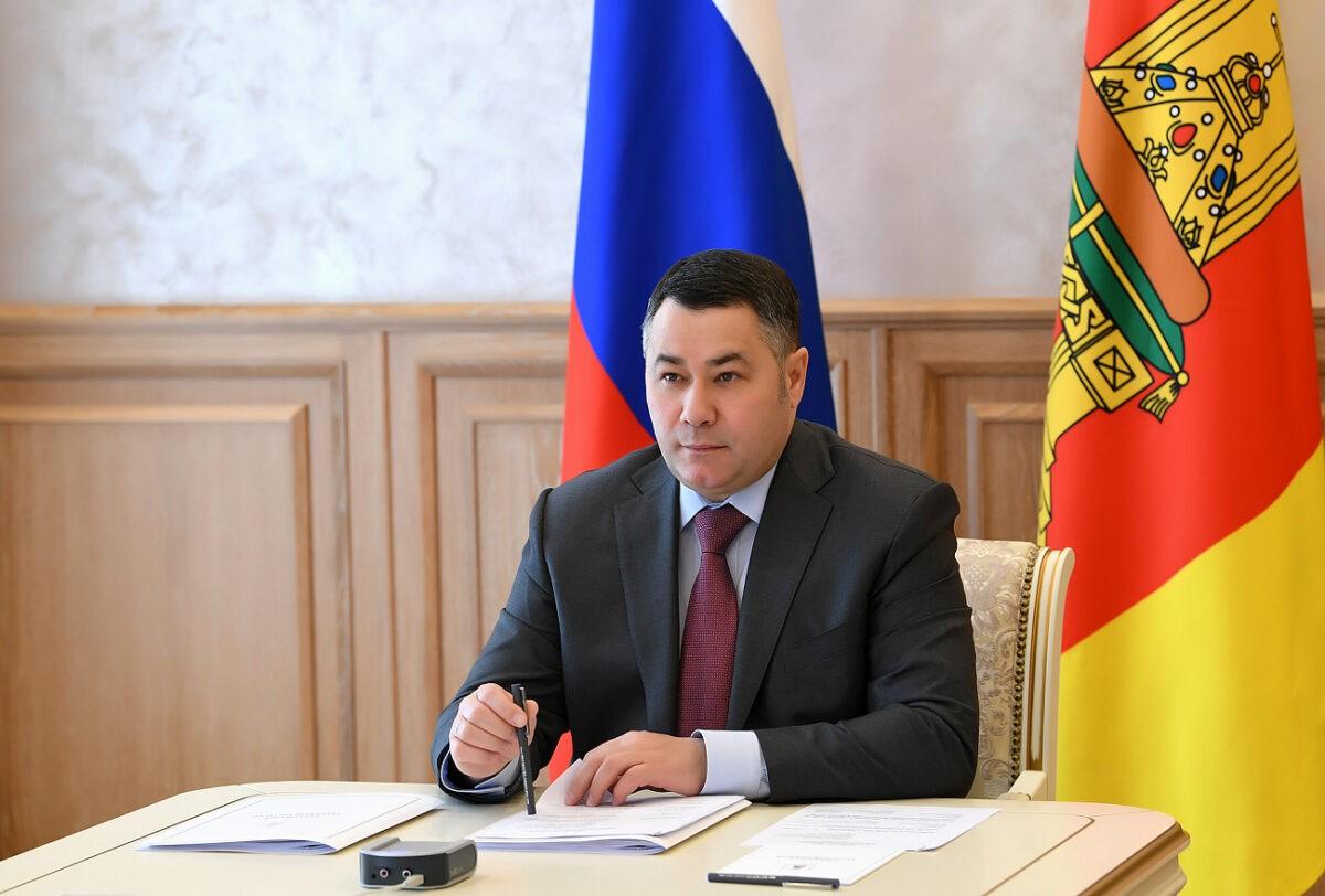 Игорь Руденя поручил проверить аптеки и больницы на наличие защитных средств
