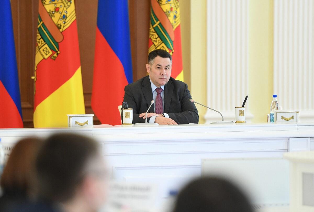 В Тверской области продолжаются дорожные и полевые работы, растут бюджетные поступления