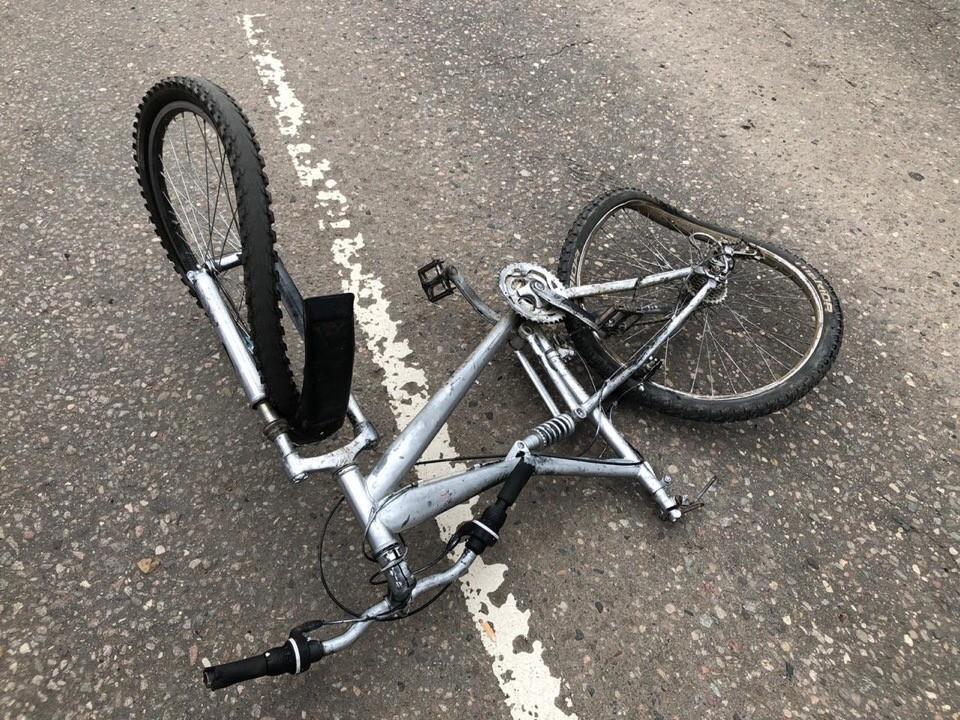 Несовершеннолетний велосипедист попал под колёса иномарки в Тверской области