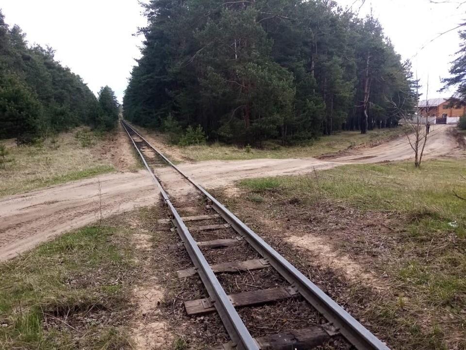 Железнодорожная дрезина протаранила легковой автомобиль в Твери