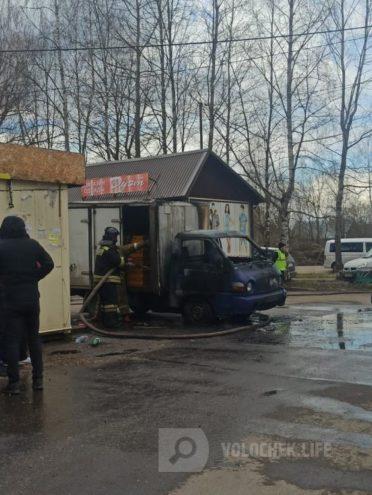В Тверской области выгорел грузовик с хлебом
