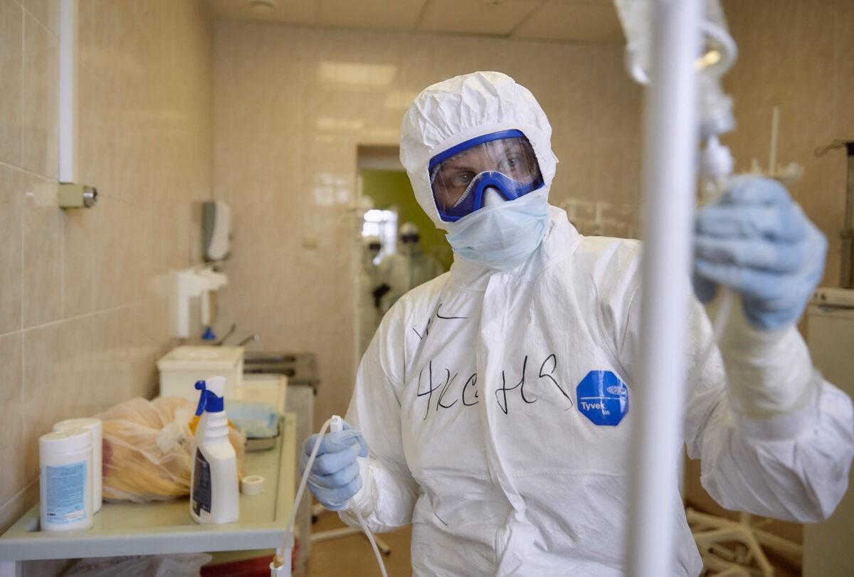 Тверской эпидемиолог: прививать от коронавируса могут начать уже в 2020 году