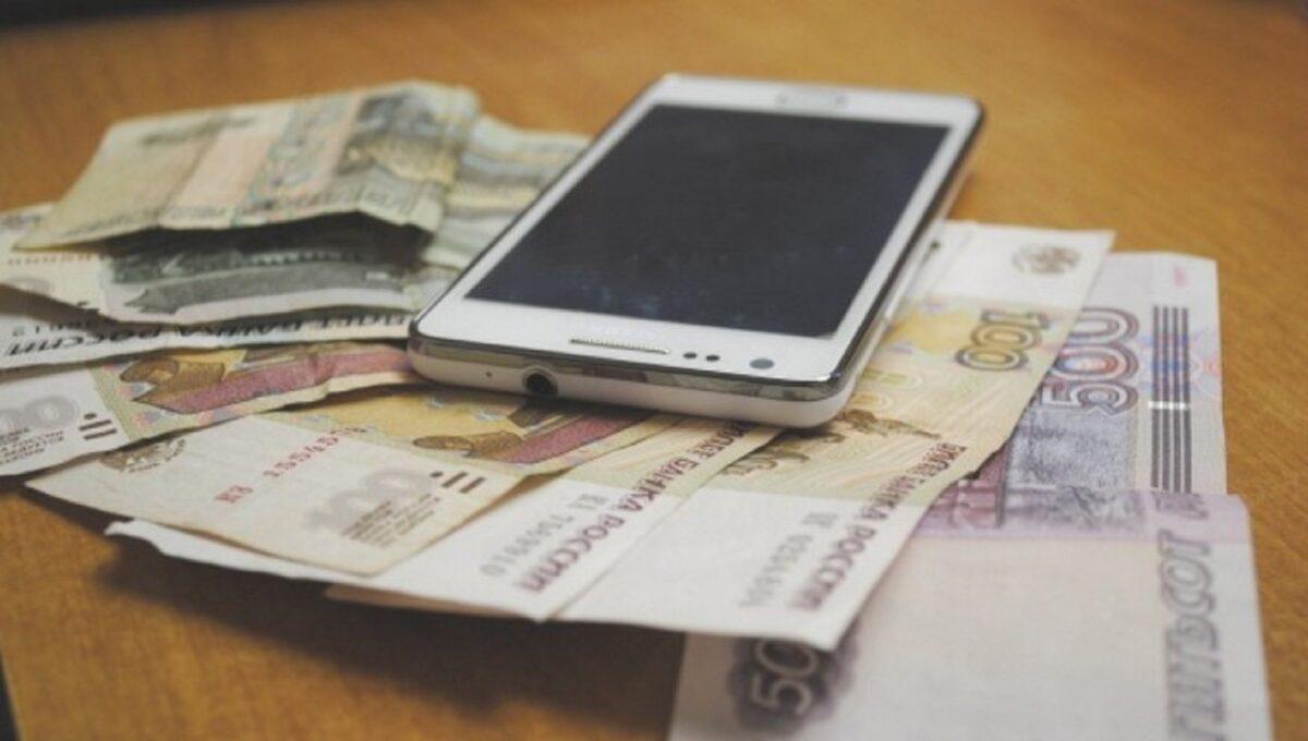 Житель Тверской области не устоял и украл у приятеля деньги