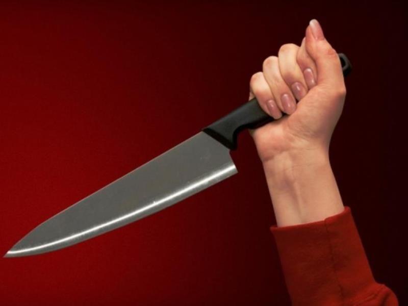 В Твери женщина зарезала своего знакомого