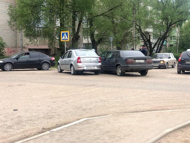 Три иномарки не поделили перекрёсток в Тверской области
