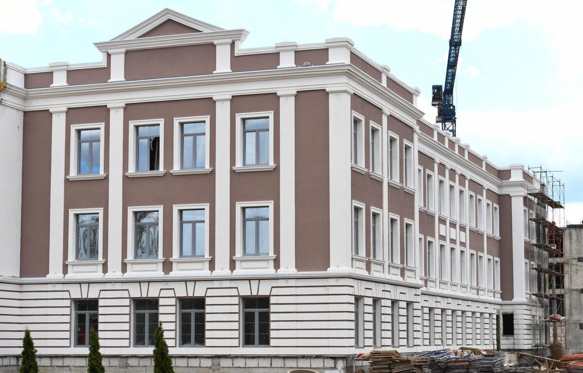 В Твери показали новые строящиеся корпуса суворовского училища