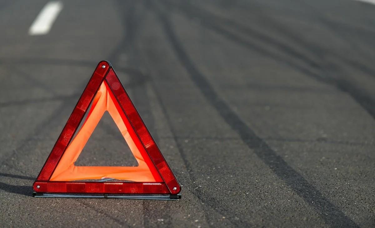 В Тверской области водитель Рено столкнулся с мопедом и скрылся с места ДТП