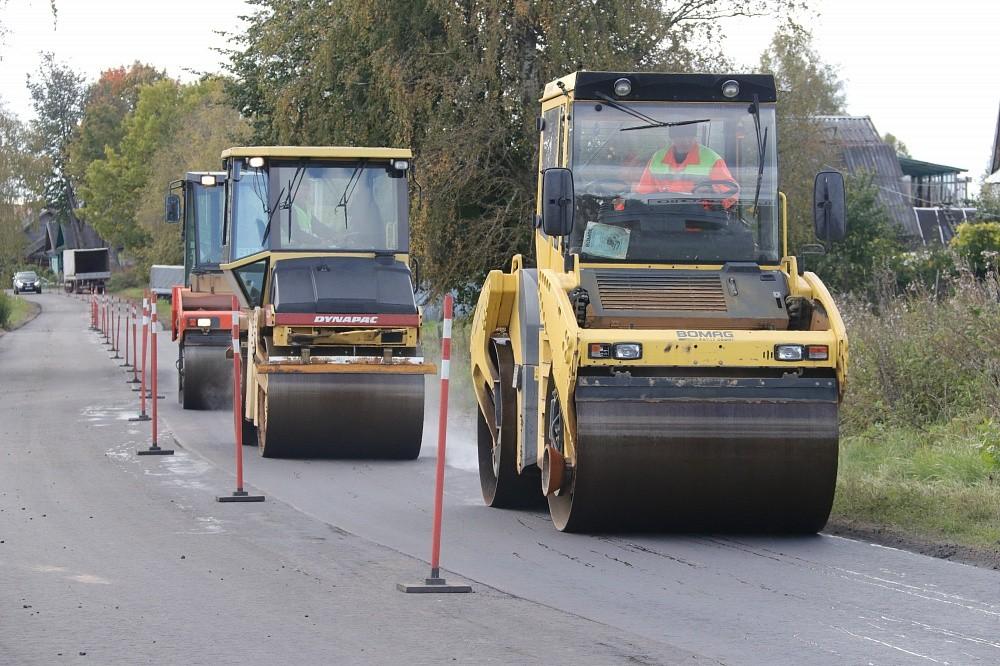 На 8 дорогах Тверской области летом устроят реверсивное движение