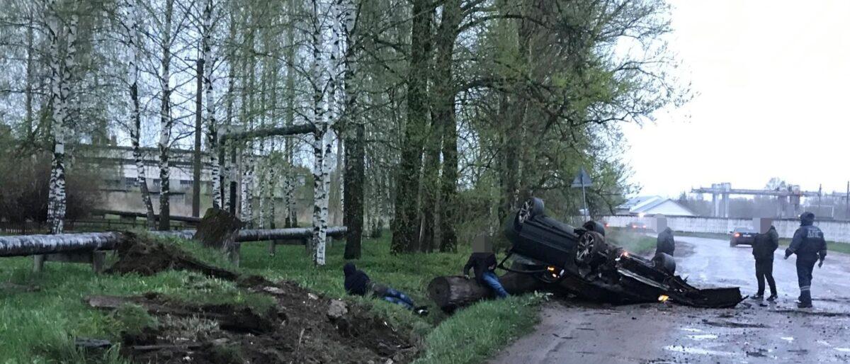 Появилось фото ДТП в Тверской области, в котором пьяный водитель повредил голову