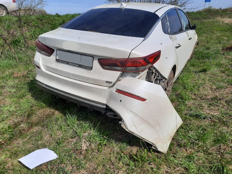 В Тверской области пьяный мужчина угнал машину и попал в ДТП