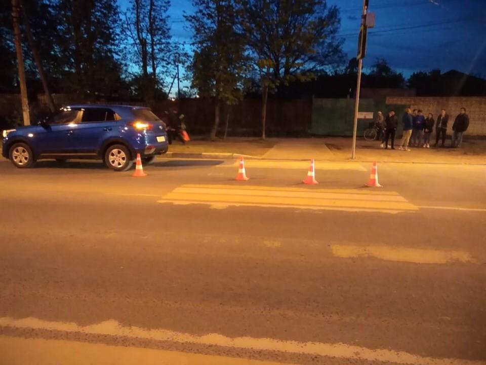 8-летний мальчик в Тверской области попал под машину на переходе