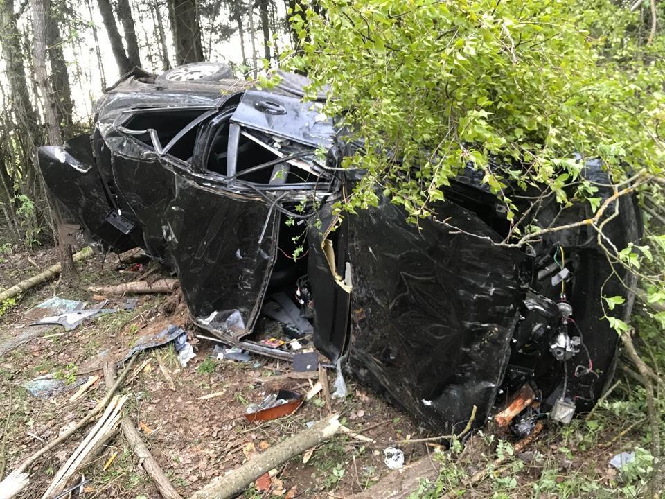 Пьяный водитель перевернулся на трассе в Тверской области