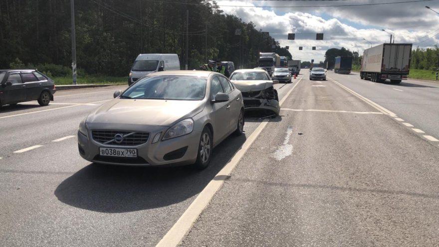 Две девочки пострадали при столкновении машин в Тверской области