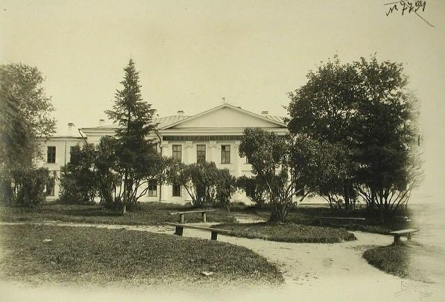 Начались работы по возрождению одного из старейших парков Твери
