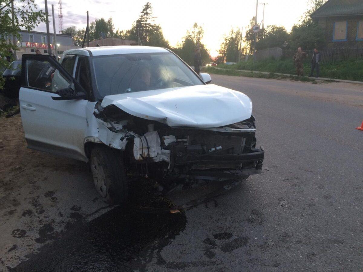 Опубликовано фото аварии в Тверской области, в которой пострадали 4 человека