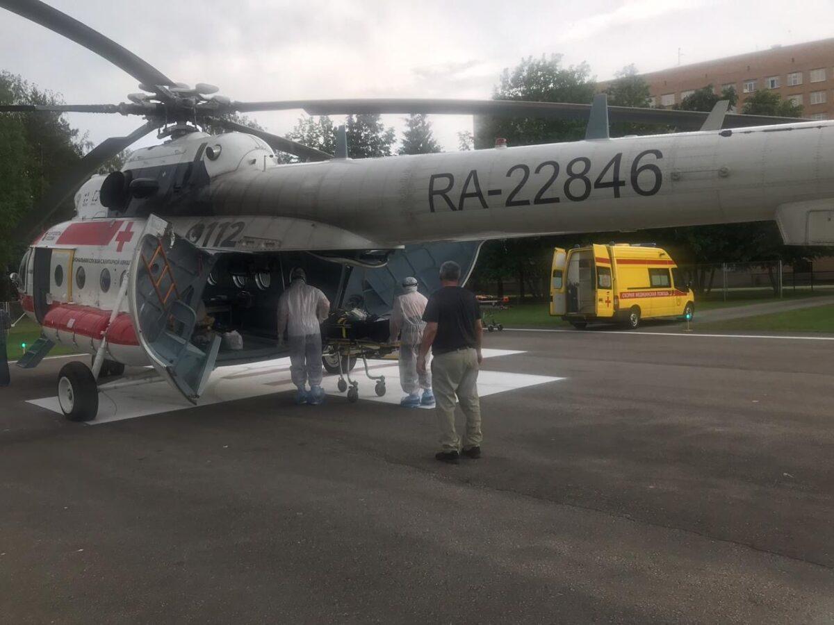 На вертолете санавиации в Тверь доставили тяжелого пациента