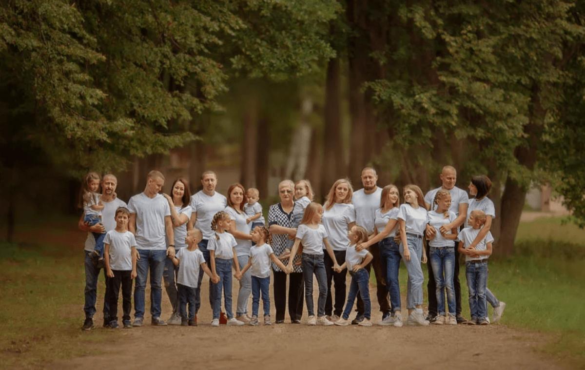 Многодетная семья из Тверской области отличилась на всероссийском фотоконкурсе
