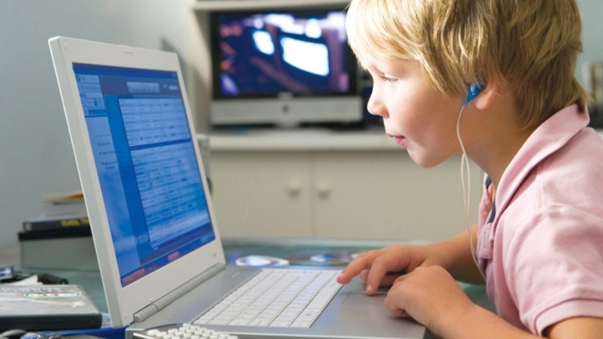 30 проектов в дистанционном формате: как тверским школьникам провести летние каникулы