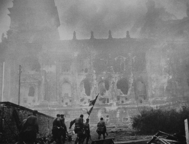 Вся правда о Победе: Знамя над Рейхстагом и конец войне