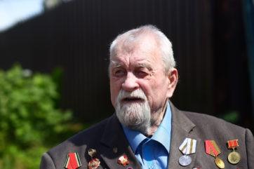 Участник Великой Отечественной войны Борис Петрович Колесов отмечает в Твери 100-летний юбилей