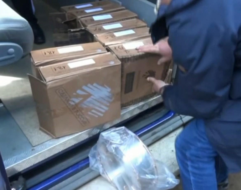 В Твери задержали банду из 16 человек, которая грабила крупный завод