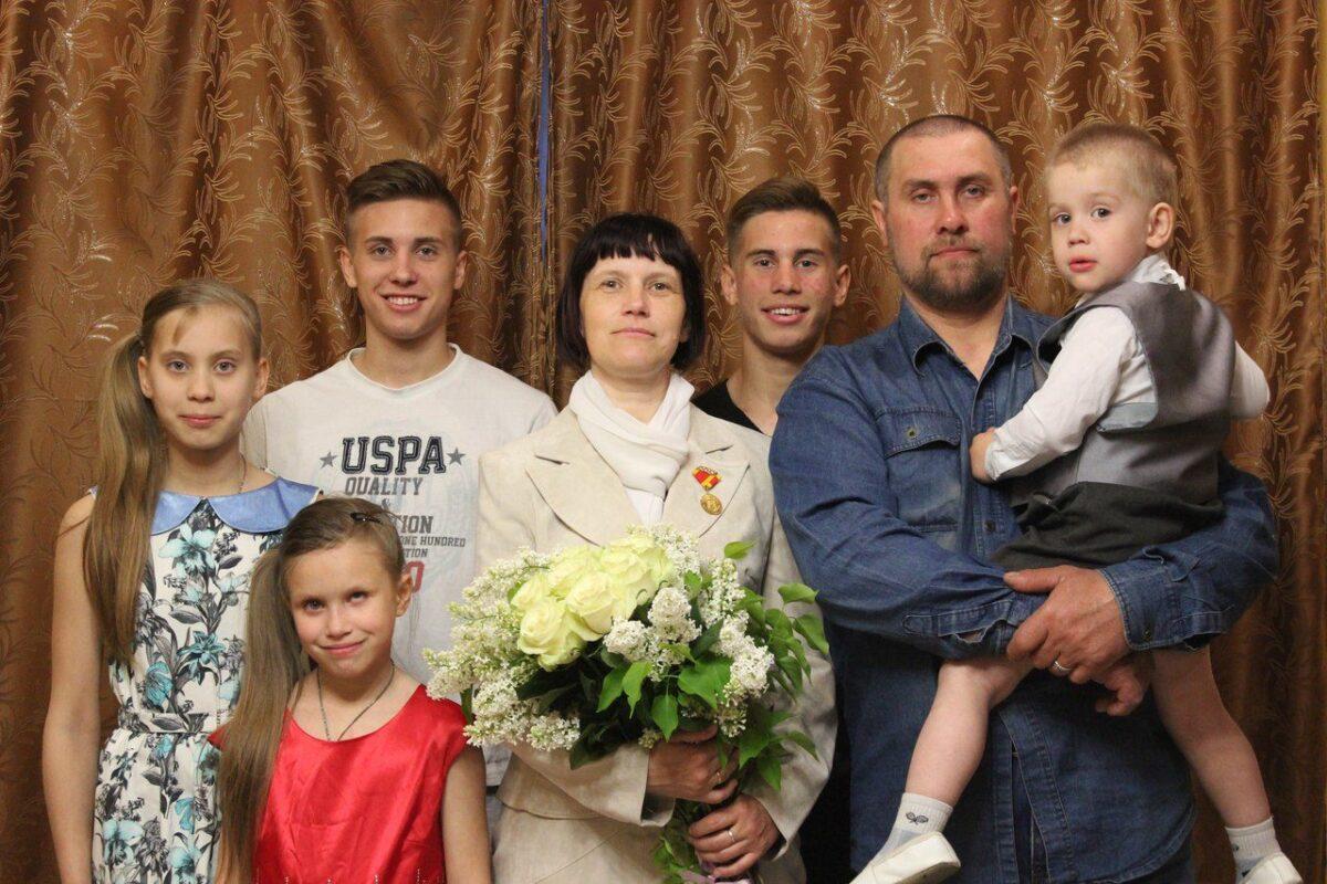 Тверская область стала одним из немногих регионов, где ввели выплаты на детей от 16 до 18 лет