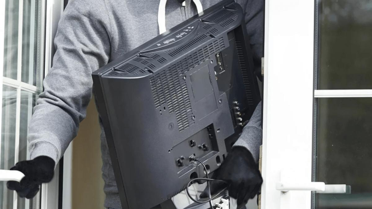 32-летний житель Тверской области не успел продать украденную технику