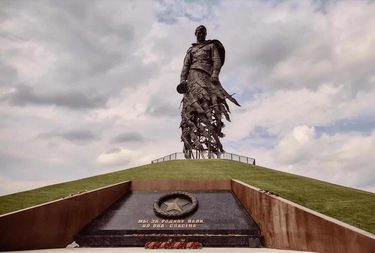 Ржевский мемориал в Тверской области посетили больше 100 тысяч человек