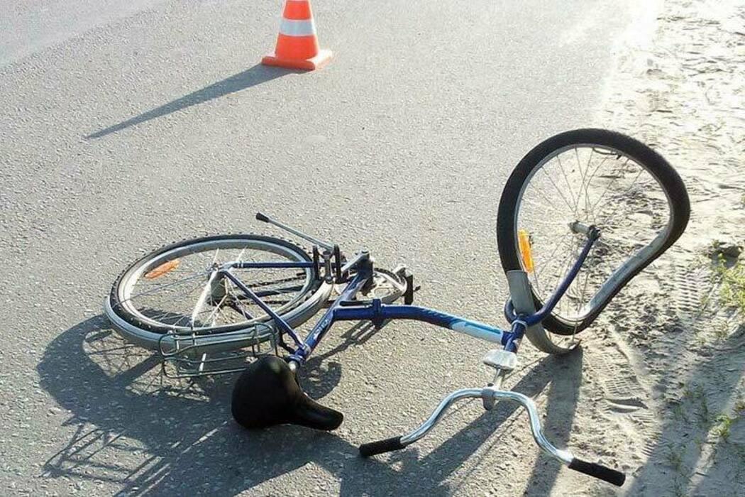 Под Тверью машина сбила девочку, которая ехала с подругами на карьер