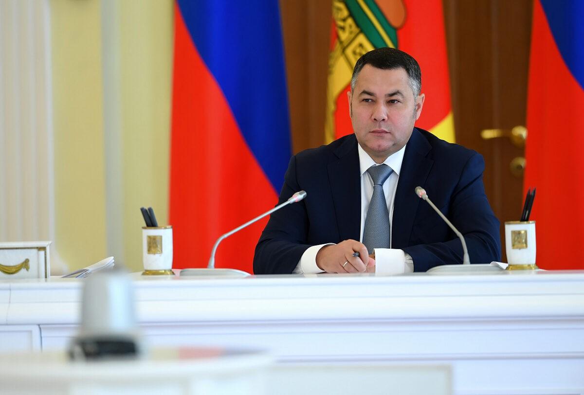 «Надо все делать быстрее»: на заседании правительства Тверской области было жарко