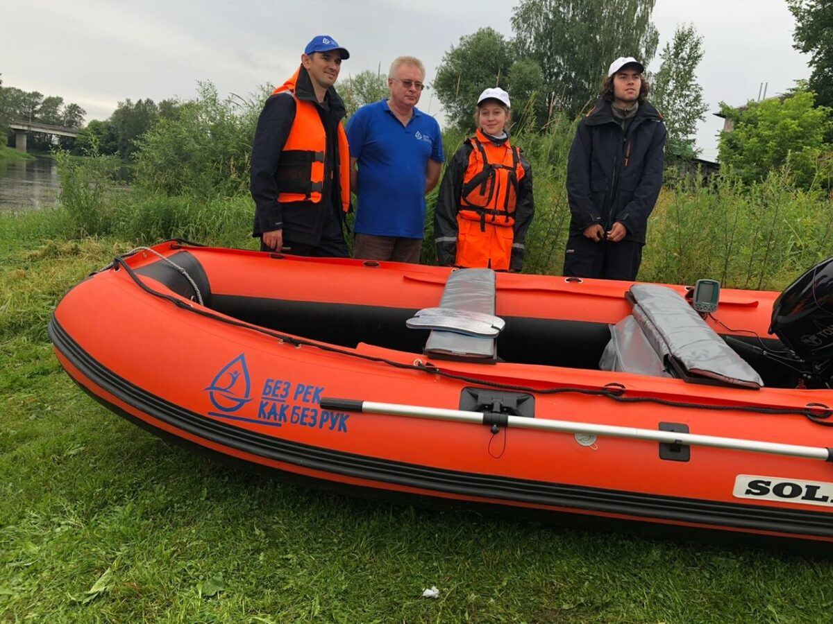 Научная экспедиция ищет микропластик и источники загрязнения в Волге в Тверской области