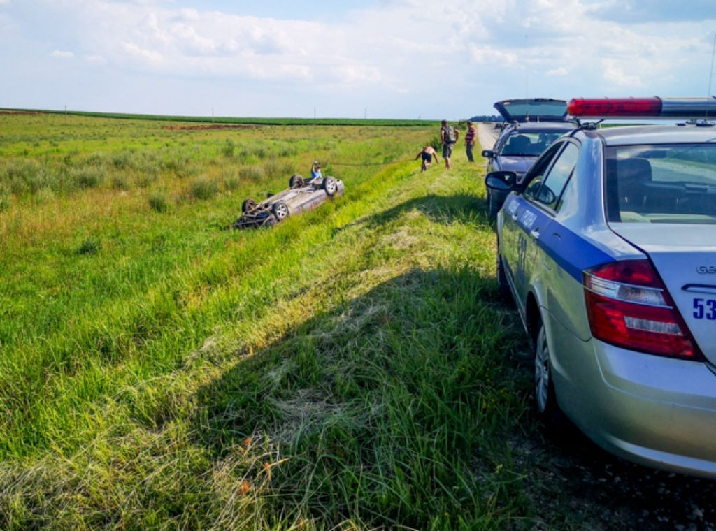 В Тверской области пьяный пожилой водитель опрокинулся в кювет