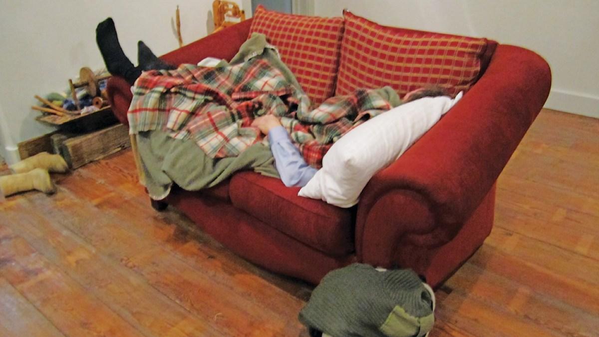 Житель Твери, решивший отдохнуть, трижды залезал в чужой дом