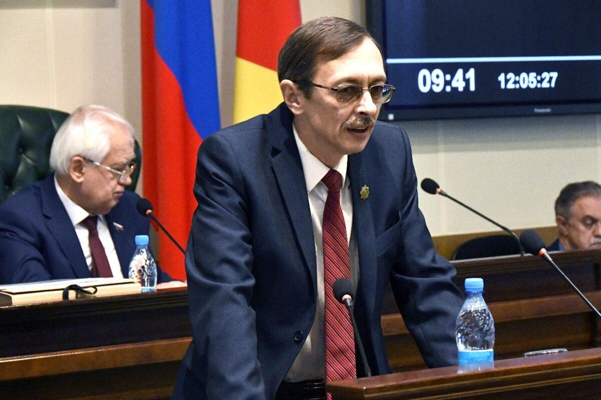 Олег Дубов: поправки могли приниматься только общей волей россиян