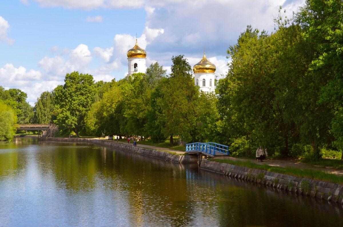 Губернатор Игорь Руденя поздравил с праздником жителей Вышневолоцкого городского округа