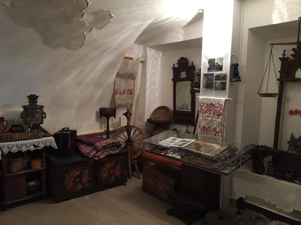 Васильевскому музею под Тверью требуется помощь с ремонтом здания