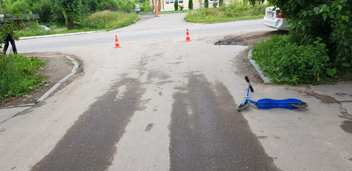 В Тверской области иномарка сбила 5-летнего мальчика на самокате