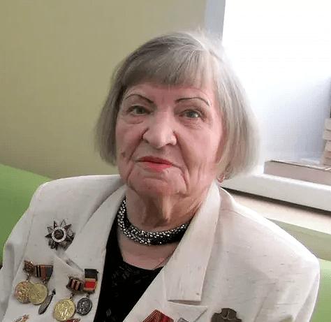 Участница Великой Отечественной войны Галина Макеева празднует 95-летний юбилей