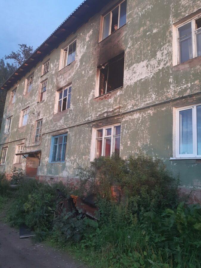 В Тверской области сгорела коммунальная квартира, погибла пенсионерка