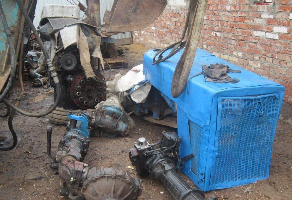 Вор оставил трактор без запчастей в Тверской области