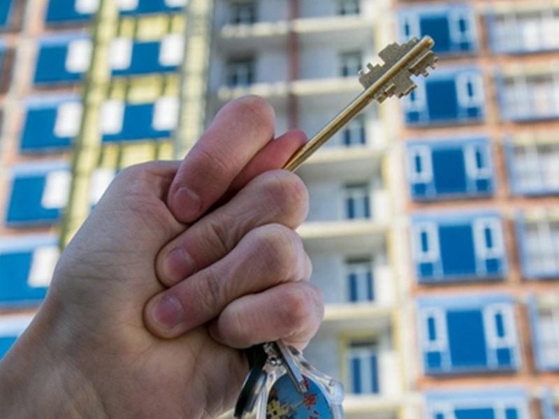 В Твери мошенник оставил без денег пенсионерку, которая сдавала квартиру