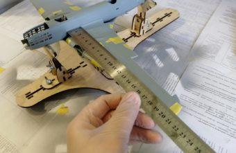 Моделист сделал копию самолета, разбившегося в Тверской области