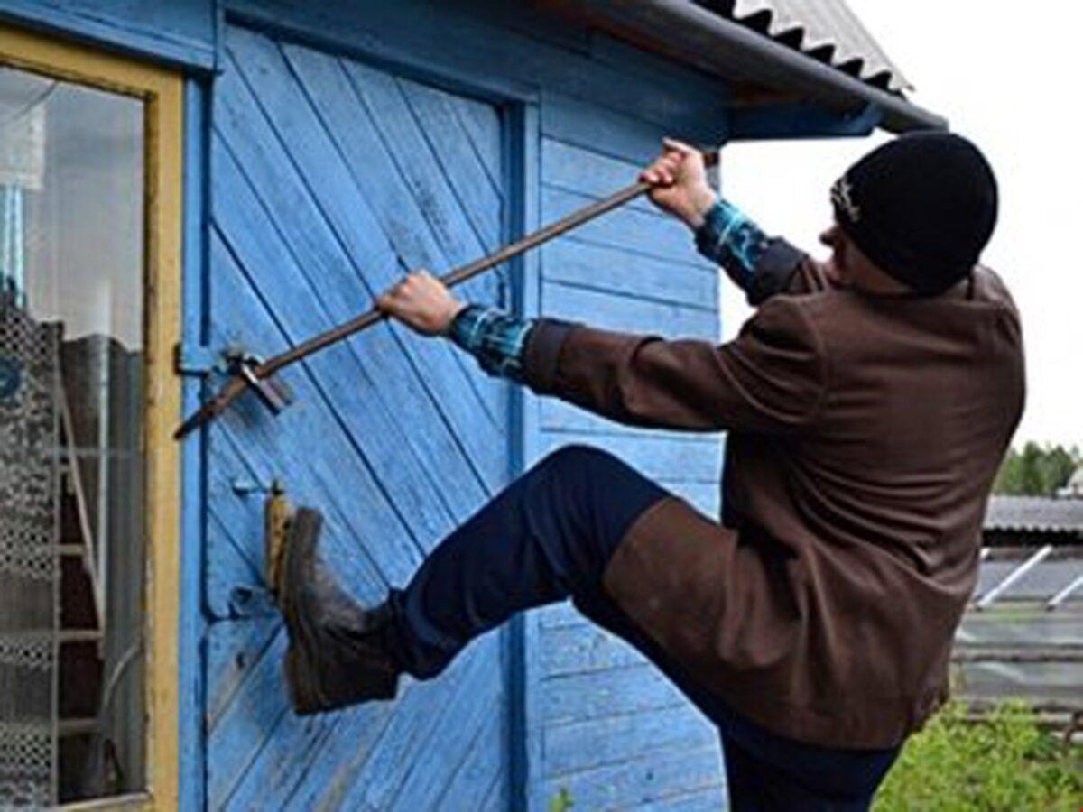 Житель Украины почти полгода грабил дома под Тверью