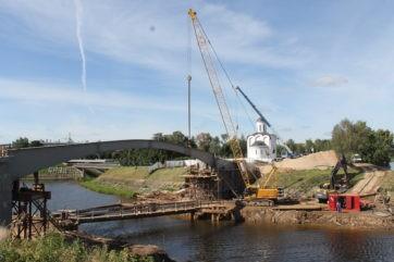 Власти Твери рассказали о трудностях строительства пешеходного моста через Тьмаку